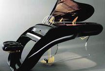 Pianos / All pianos
