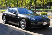 """Porsche Panamera S """"2011Model"""" / 年式 2011 シフト 7速 ハンドル L 初度登録 平成22年12月 排気量 4,800cc 走行距離 19,000Km 車検期限 平成27年12月 ミッション PDK 修復歴 なし カラー(外装) カーボングレーメタリック カラー(内装) ブラック  装備オプション 20インチRSスパーダーホイール スポーツエキゾーストシステム リヤワイパー カラークレストホイールセンターキャップ リヤモデル名エンブエムなし ツインカップホルダー スポーツクロノパッケージ フロアマット アンスラサイトバーチウッドインテリパッケージ 3本スポークスポーツステアリング(パドル付) プライバシーガラス キャララホワイトメーターパネル"""