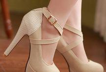 Sapatos Salto