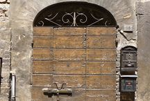 100 Portoni | 100 Doors / Doors, Doors and Doors