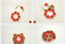 collar rojo y verde