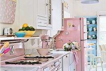 kitchens / by Vicki Sather