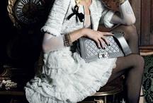 fashion saves / by Suzany Maramaldo