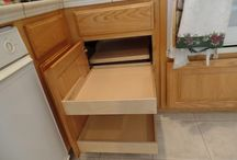 Custom Cabinet / Creating customized storage solutions for local homeowners.
