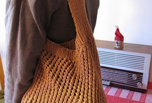 It's in the bag / Homemade bag and purse patterns and ideas / by Naomi Dalley