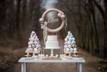 Pearl Inspired Sweet Table