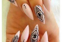 N - Nail / Nail art