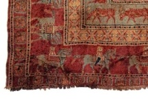 Antique carpets & rugs / The art of making carpets are very old and a nice and well-treated handmade carpet can last for many, many years. In our opinion, an older carpet can many times be more beautiful compared to when it was new. So, treat your carpet carefully!