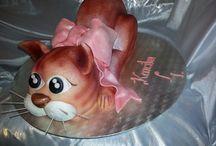 Children's Cakes / by glamorous diva