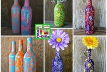 garrafas com pinturas.