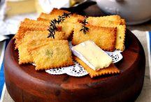 Polenta, Parmesan & Thyme Crackers - Fuss Free Cooking