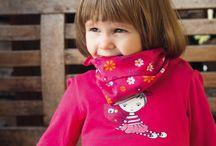 Bawełnianie chustki dla dzieci / Bawełnianie chustki dla chłopców i dziewczynek. Mają wiele kolorów i wiele zastosowań.