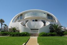 Unusual Homes Around the World / This is a collection of some unusual homes with very unique architecture.