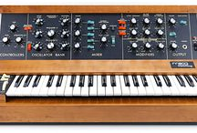 electronic music and vintage keys / Synthesizers, classic rock keyboards and Music technology