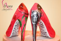Rocket Queen Shoes / #shoes #handpainted #hand #painted #rocket #queen #fashion #art #ooak #scarpe #dipinte #mano #gnr #gunsandroses #gun #red #rose #pistola #rosa #rossa #hight #heels #tacco #alto