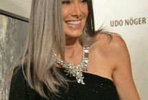 grey hair 40+