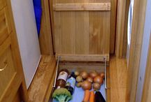 Kitchen storage / Sneaky veggie hatch