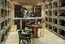 Wine cellars with stone style. / Create surroundings worthy of your wine collection.