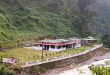 Best Budget Hotels in Lansdowne / Resorts in Lansdowne. Lansdowne is the destination with amazing scenic beauty. Lansdowne is one of the mesmerizing hill stations of the Uttarakhand. S B Mount Resort offers fine accommodation facilities and immaculate services to the visitors. Book Hotels in Lansdowne NOW!!