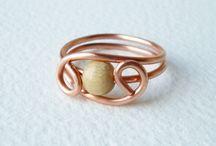 prstýnky, šperky