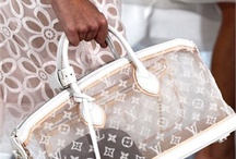 I love a good purse! / by Shannon