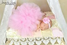 Family/Baby picture ideas / by Shannon O'Connor