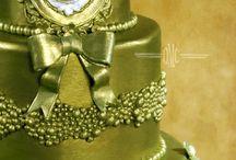 Cake Decorating / by Edna De La Cruz
