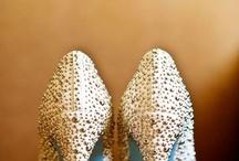 Shoes/dresses/ensembs.
