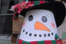 Flowerpots crafts / / by Jeanne  Anne Dugan