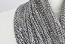 Stocking      stitch     scarve