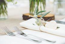 concept outdoor wedding / romantic wild outdoor wedding summer flowers lighting  straw