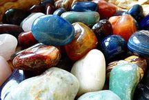 Kamene, skalky a skaliská