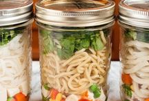 Lunches to go / Collection of work-ready healthy lunch options