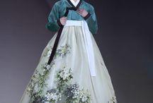 Hanboks / Korean traditional dresses