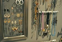DIY: PROJECT: jewelry organization / by Marisa Brouse