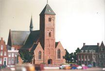 """Maquettebouw 1:160 / In 1997 en 1998 bouwde ik ter ere van het feestjaar """"800 jaar Naaldwijk"""" deze maquette die een deel van het centrum van Naaldwijk in februari 1969 laat zien, mijn geboortemaand. De schaal is 1:160, ook wel bekend als schaal N"""