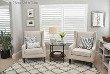 salon / kominki, sofy, stoliki, okna