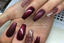 Bridesmaid nails