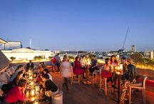 Roof Top Bars in London / There's nothing better than relaxing with a #date on a roof top bars. Check out these stylish venues with panoramic views. Forget the dark and dingy pubs, enjoy a classier night at one of these rooftop bars