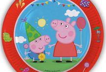Peppa Pig Kinderfeestje / Doe ideeën op voor een compleet Peppa Pig feestje met feestartikelen en versieringen. Van slingers tot ballonnen en nog veel meer.
