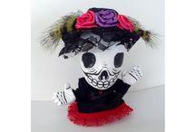 Productos de uso cotidiano con diseño artístico mexicano / Productos con diseño artístico mexicano de gran calidad y originalidad que muestran el folklore mexicano.
