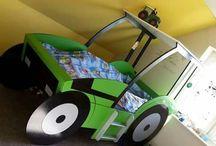 Tractor kids room
