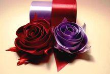 fiori e fiocchi di stoffa carta ecc.