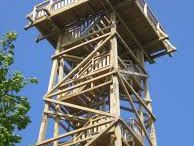 Lesen stolp_wooden lookout tower_Vrhnika