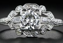 VINTAGE ALL TYPES OF DESIGN STYLE / FASHION & JEWELERY