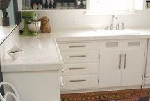 new house- kitchen / by Kirsten Bingham