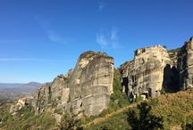 Météores Grèce / Des monastères perchés en haut de pitons rocheux dans le Nord de la Grèce