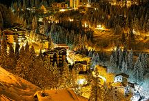 Winter in de Valle Brembana, een vakantie bestemming in Noord Italië. / De Valle Brembana is een bij velen nog onbekende vallei in Noord Italië omringd door de Orobische Alpen. Bekende plaatsen zijn Bergamo en San Pellegrino. De Valle Brembana is een prima vakantiebestemming met veel mogelijkheden om voor wintersporten als skiën, langlaufen en sneeuwwandelen. ItaliAdesso kent het gebied en haar bewoners goed en heeft een ruim aanbod appartementen, Bed and breakfasts en hotels voor een korte of lange vakantie. Meer informatie www.italiadesso.nl