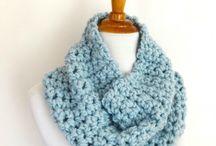 Finger knitting pattern