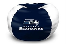 Seahawks Bed and Bath / Give your bedroom and bath a little a little Seahawks pride. / by Seahawks Mania